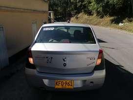 Renault logan  dinamique 2010