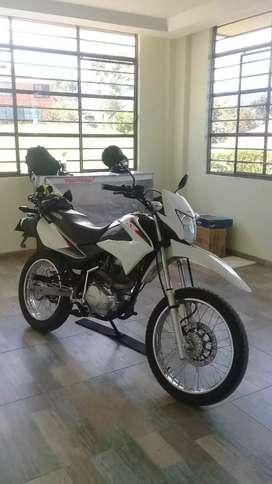 Se vende Honda xr 150 2018 papeles 2021