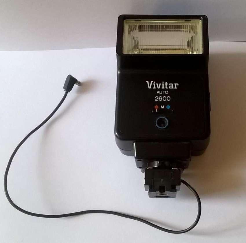 Flash Vivitar Auto 2600 0