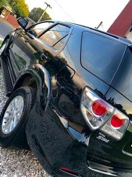 Toyota Hilux sw4 automática 7 asientos