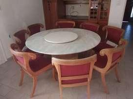 Mesas de mármol más sillas