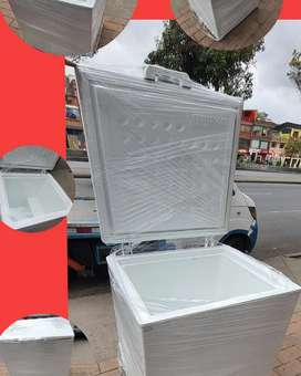 Congelador horizontal pequeño como nuevo