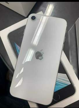 Se vende iphone SE de 64 gb