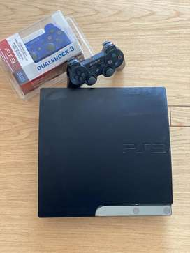 PLAY STATION 3 + 2 CONTROLES