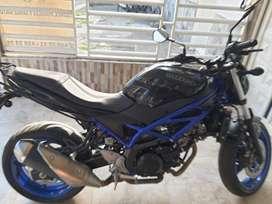 Motocicleta Suzuki SV 650
