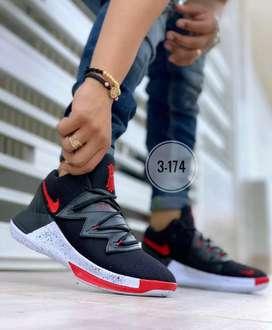 Botas Nike Irving de hombre