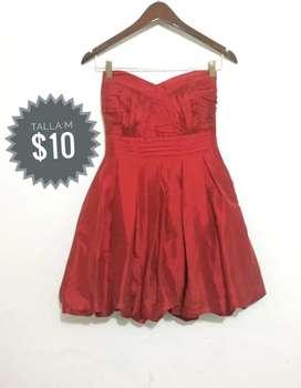 Vestido corto color rojo (talla M)