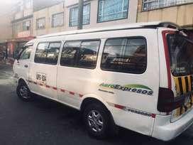 Camioneta escolar Kia pregio 16 pasajeros