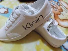 Zapatos calvin klein talla 39