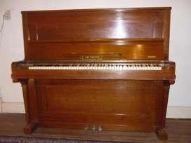 VENDO PIANO VERTICAL ALEMÁN A NUEVO !!! MADERA PETERIVID.
