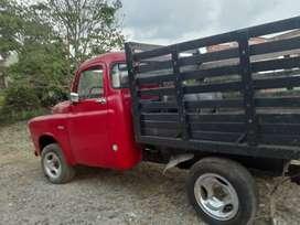 CLASICO De soto. Mod 51. Para coleccionistas. Camioneta. Color rojo. Para coleccionistas