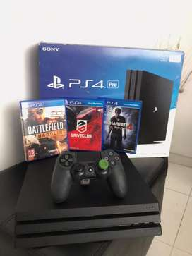 Playstation 4 pro 1 TB perfecto estado