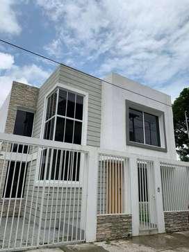 Casa de venta en Acuarela del Río, cerca terminal, aeropuerto, Norte