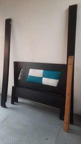 Se vende cama con colchón 1.20 cm