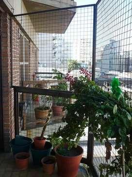 Vendo en Balvanera. Amplio 3 ambientes con balcón. Cochera.