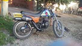 Se vende moto hyusung en buen estado