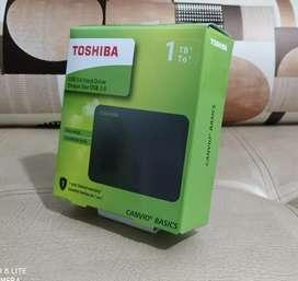 DISCO DURO EXTERNO TOSHIBA DE 1 TB