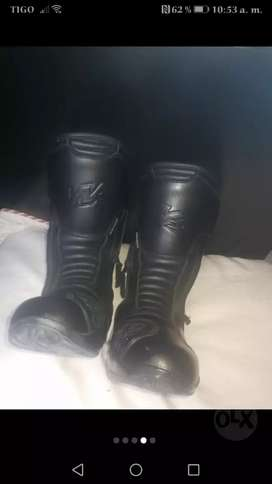 Botas Motowear Bossi talla 39-40