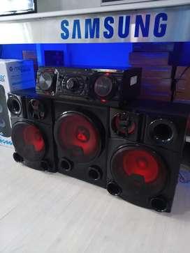 Equipo LG potente 2500w cm8450