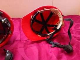 Vendo Cascos Dielectricos Nuevos color Rojo