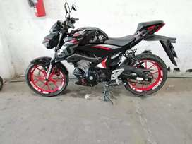 Moto GSXS 150