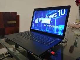 Portatil Toshiba Intel Core i3 como nuevo 14''