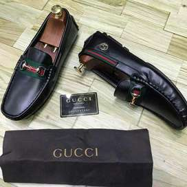 Mocasines Zapatos Gucci Negros Cuero
