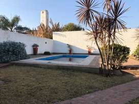 Venta casa con 600mts de terreno con piscina