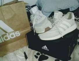 Adidas originales súper comodas talla 9