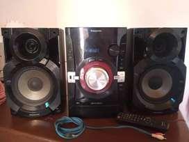 Vendo equipo de audio Panasonic. En excelente estado