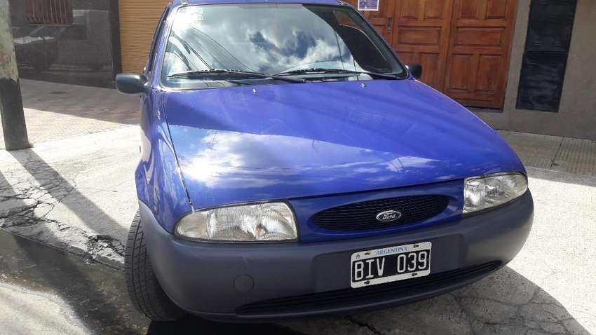 Ford Fiesta Base 0