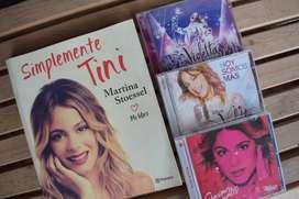 """Colección de CDs de Violetta y Libro """"Simplemente Tini"""""""
