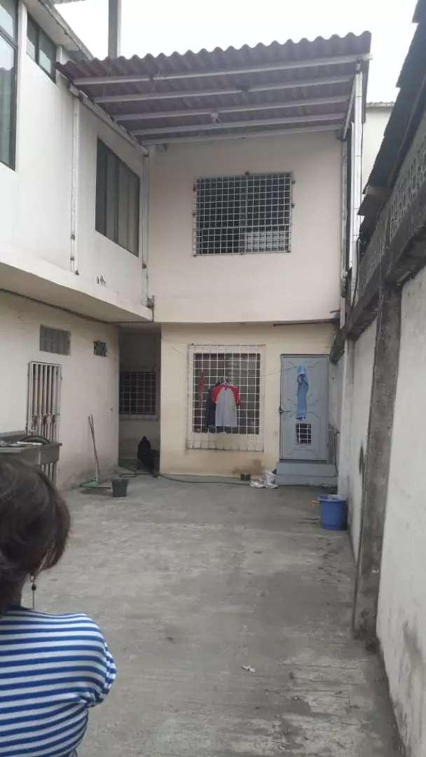 Venta de casa comercial, en Durán, sector Mega Hierro, cerca al Mi Comisariato de Durán 0