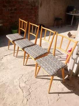 Vendo 4 silla de madera