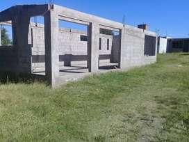 TERRENO CON CONSTRUCCION VILLA CAEIRO