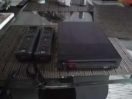 Wii con 2 juegos y 2 controles