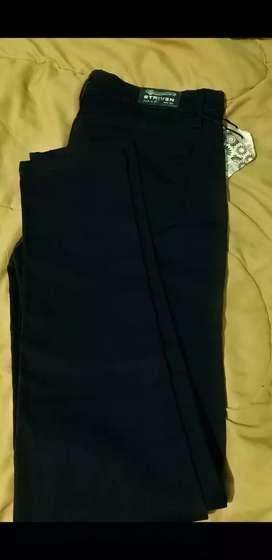 Pantalon jeans negro nuevo talle 42 mujer