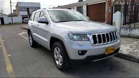 Jeep Grand cherokee Limited, muy buena.
