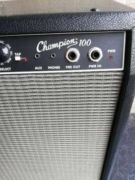 """Amplificador de Guitarra Fender Champion con efectos 120 watts con doble parlante de 12"""""""