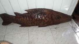Figura pez en madera 91 cm