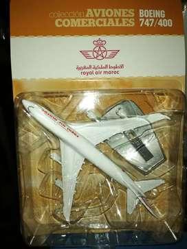 Vendo colección de aviones comerciales del tiempo