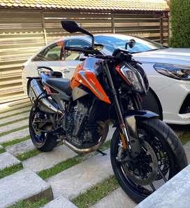 Moto KTM 2019 Duke 790 + Accesorio gratis!