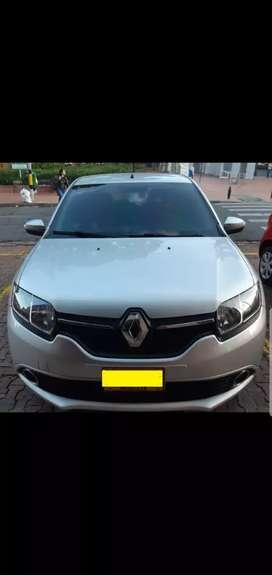 Se vende Renault sandero modelo 2017 automatico en excelente condición