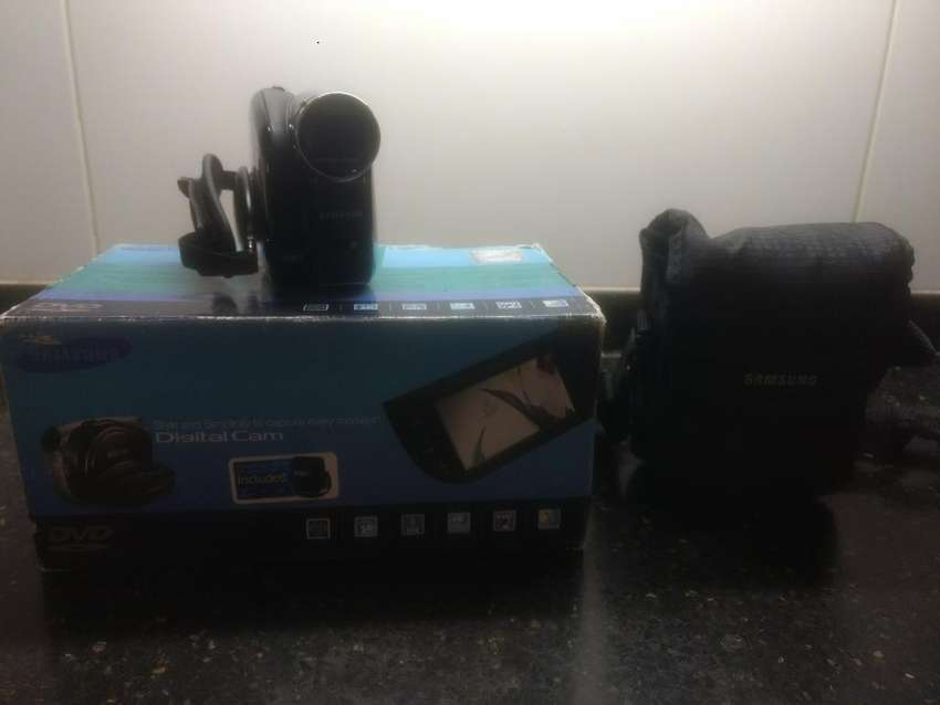 Filmadora Samsung Scdx105 0