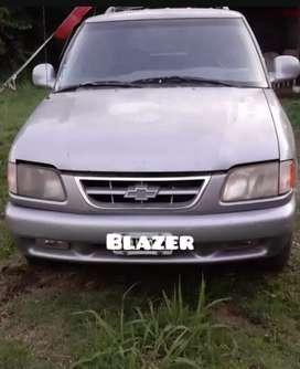 Blazer 2.8    4x2