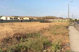 Se Vende Terreno Comercial 7592.61 m² - Esquinero, Excelente Ubicación $380 C/m²