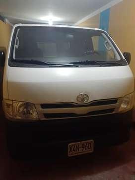 Toyota hiace súper conservado uso personal