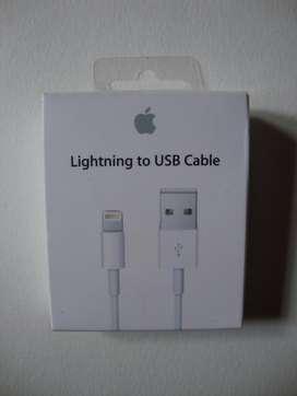 CABLE LIGHTNING A USB MARCA APPLE SELLADO..1 METRO.PARA IPHONE 5