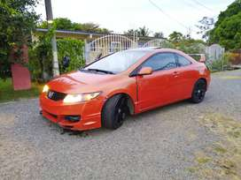 Honda CIVIC Coupe  R18 2010, NEGOCIABLE.