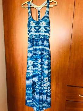 Vestido de gasa en tonos azules